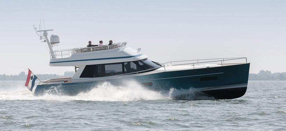 Contest Yachts 52MC